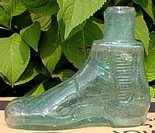 Figural shoe ink